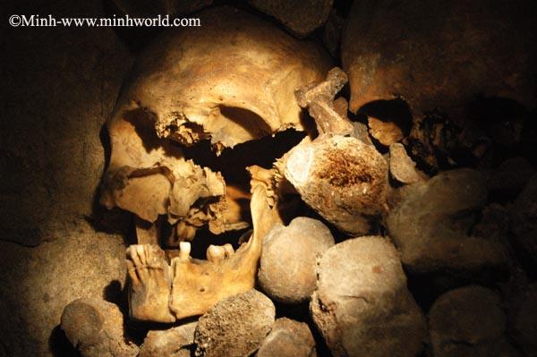 Catacomb-Hầm mộ dưới lòng thành phố Paris(Phần 1)